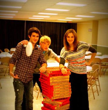 teens pizza party